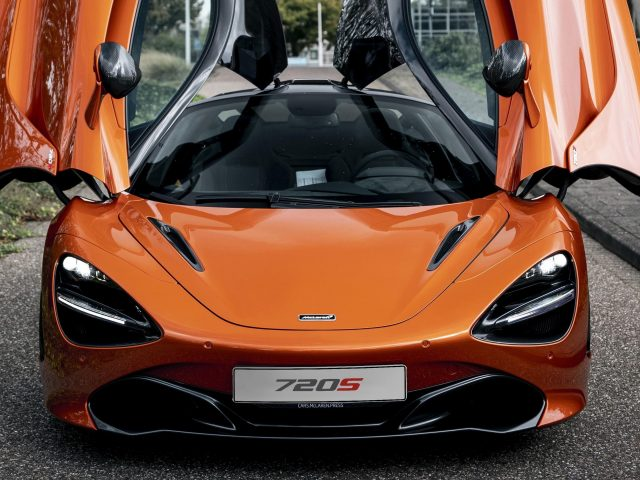 Автомобили mclaren 720s 2021 года выпуска