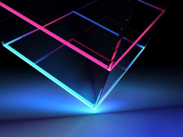Стеклянный неоновый кубик