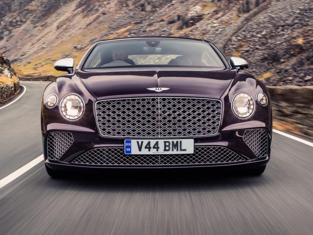 Bentley continental gt mulliner 2 автомобиля