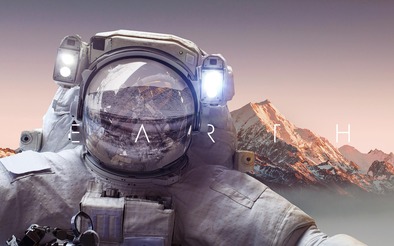 Астронавт земля обои скачать
