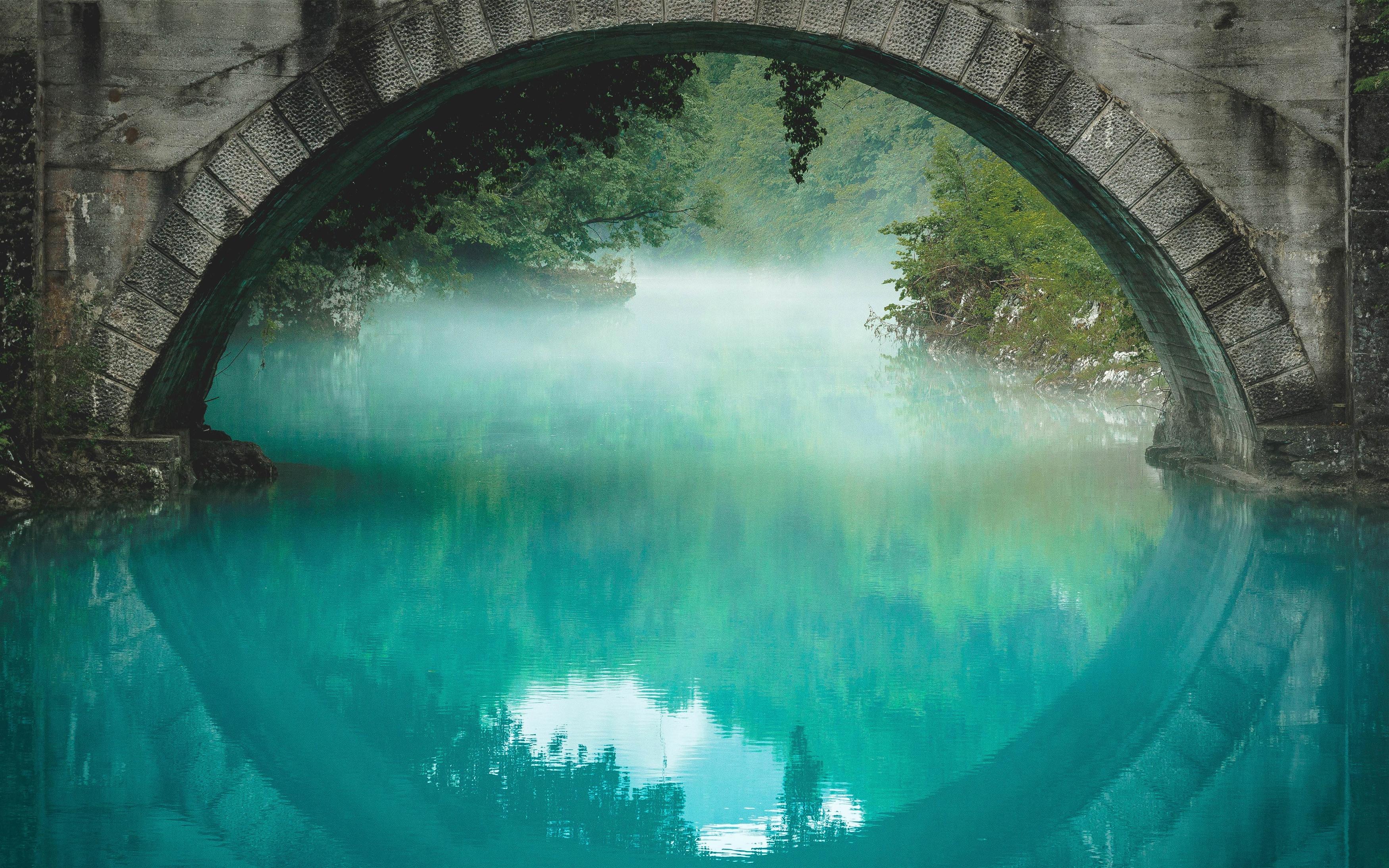 Под мостом обои скачать