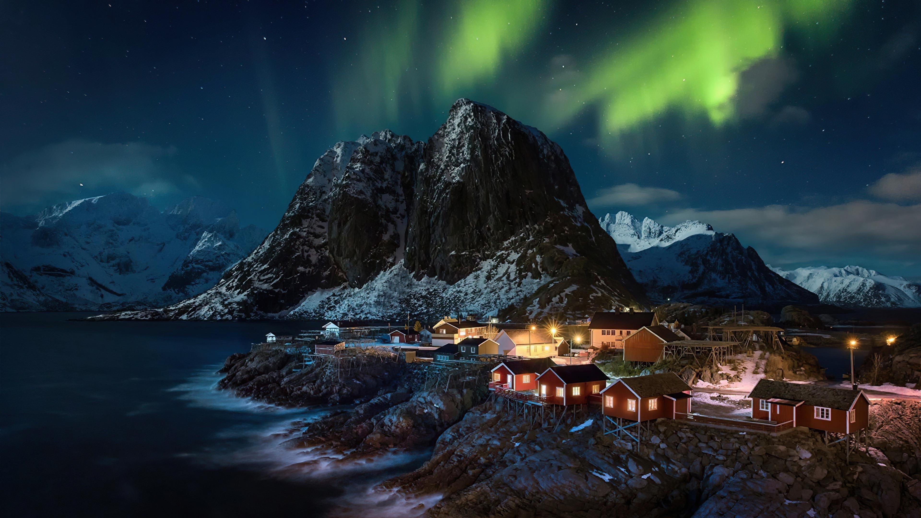 Полярное сияние Северное сияние Лофотенские острова Норвегия деревня природа обои скачать
