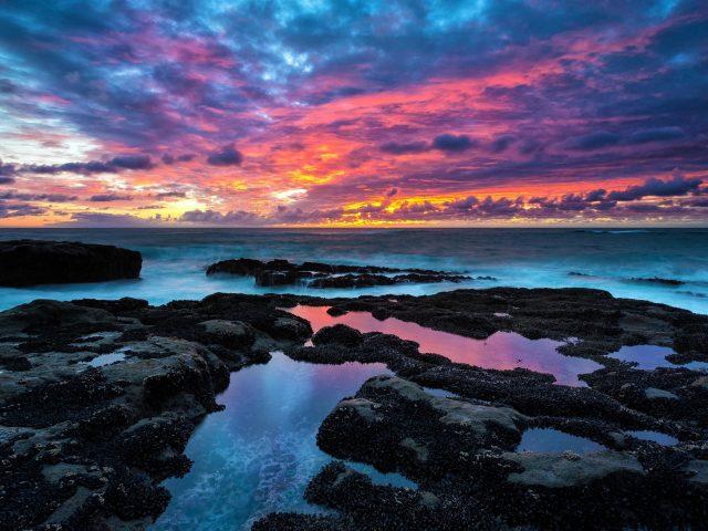 Закат солнца В Роки-Бич