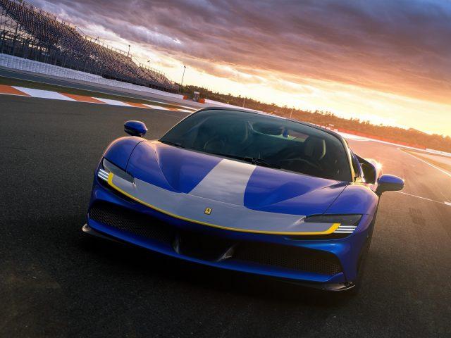 Ferrari sf90 spider assetto fiorano 2021 1 легковые автомобили
