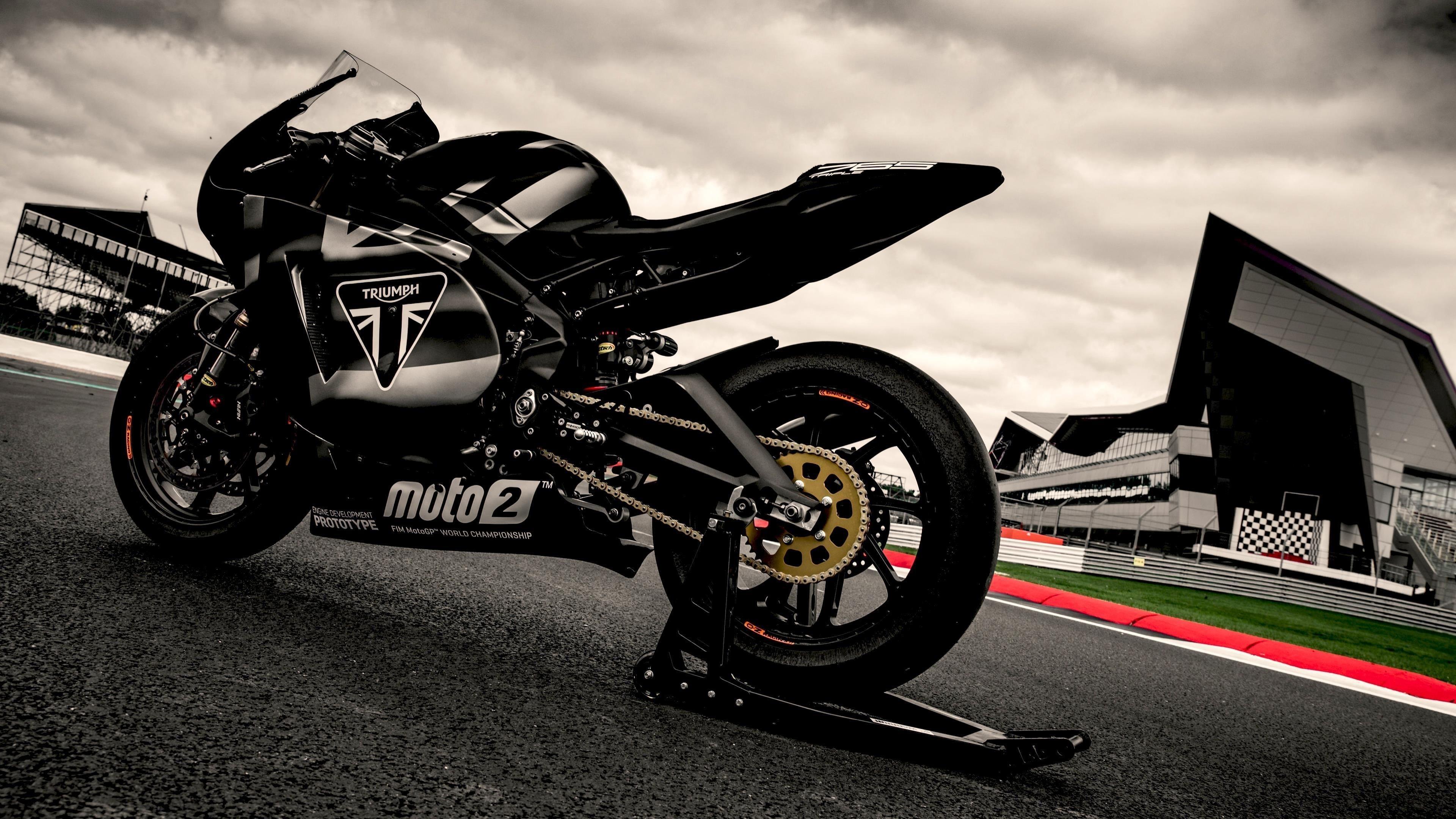 Прототип triumph daytona 765 moto2 обои скачать