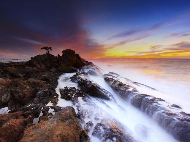 Морской пейзаж скалы