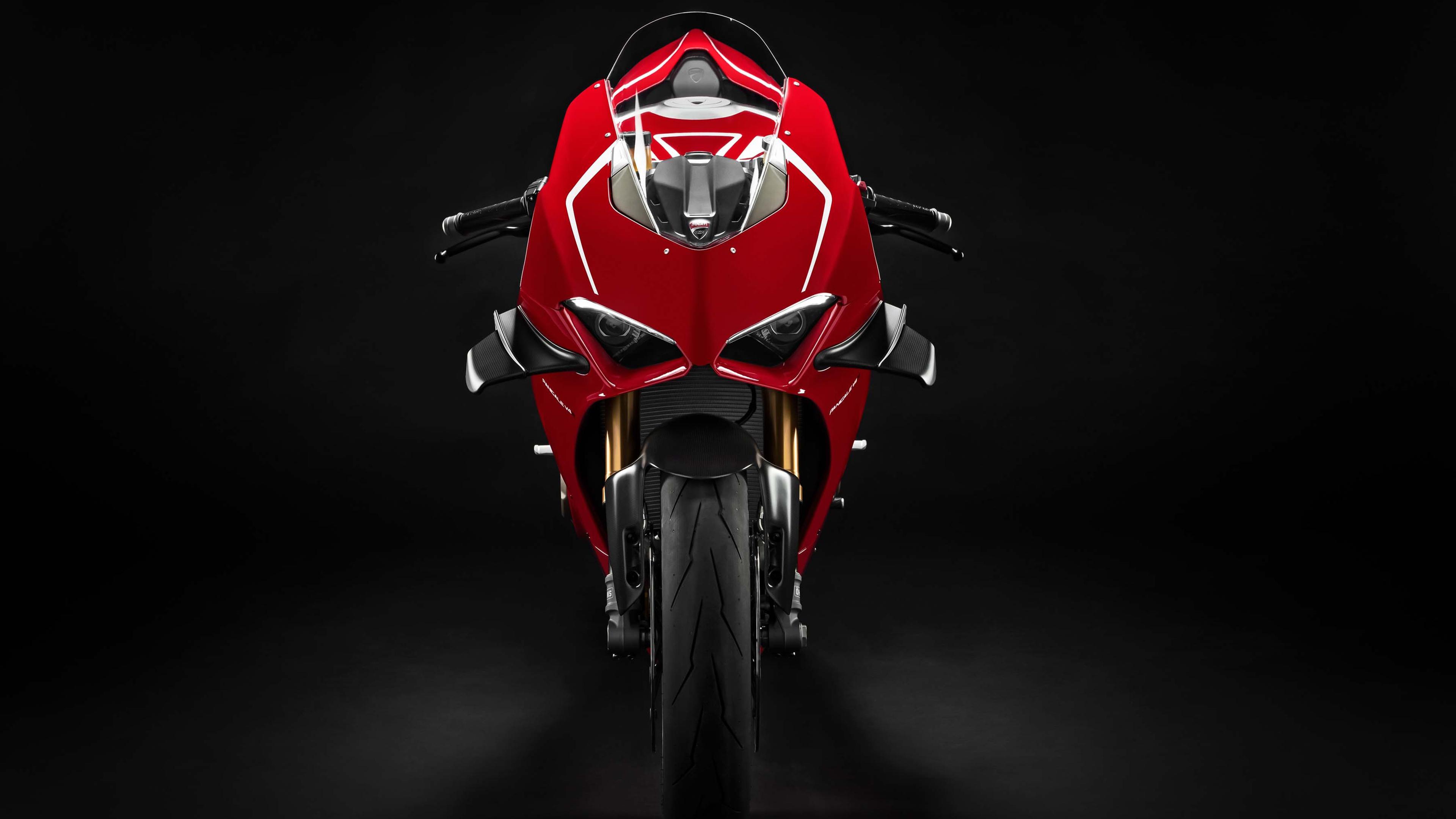 Ducati panigale r 2019 обои скачать