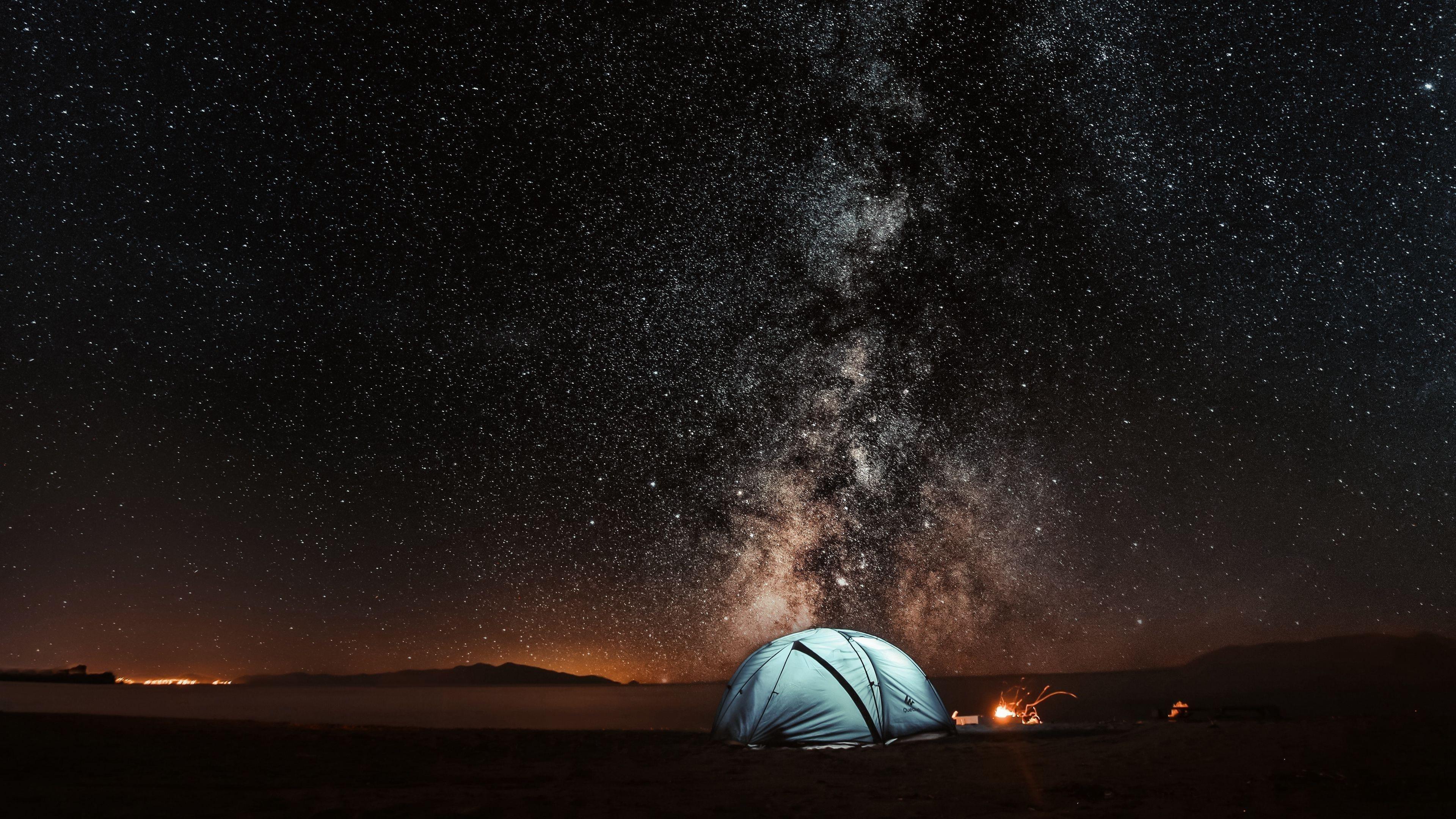 Палатка звездное небо ночной туризм обои скачать