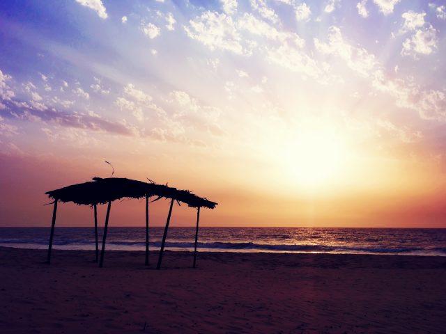 Закат пляж настроение.