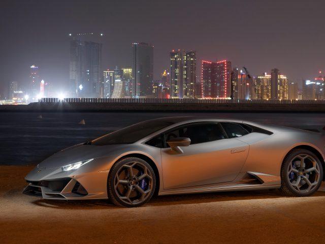 Lamborghini huracan evo 2021 4 автомобиля