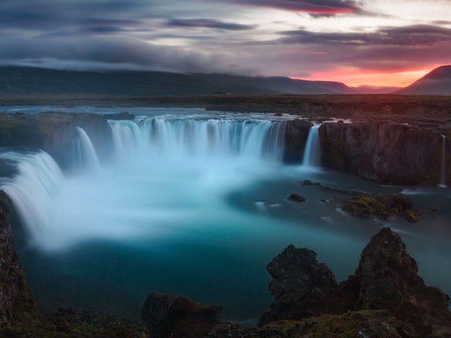 Водопады годафосс Исландия