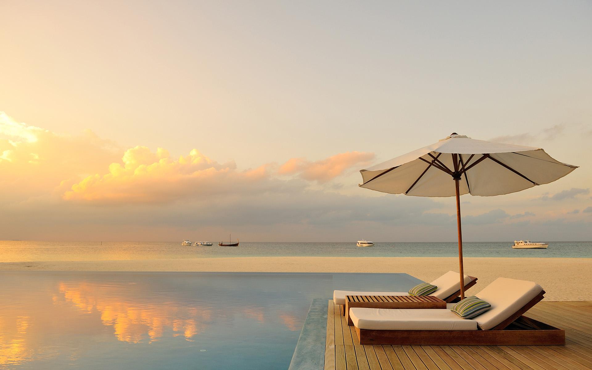 Мальдивы, Рай, Бассейн, Шезлонг обои скачать