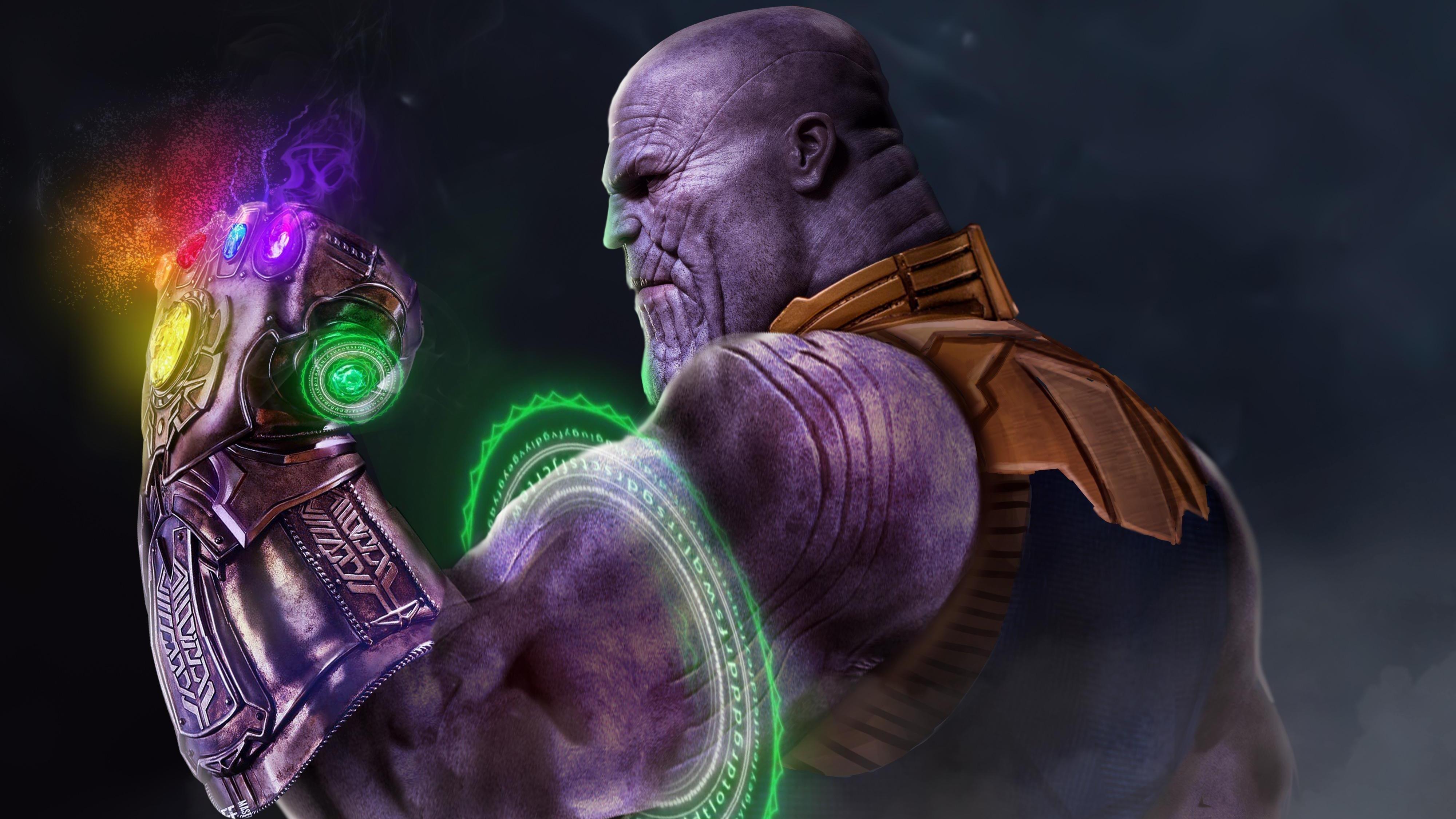 Танос с Перчаткой Бесконечности обои скачать