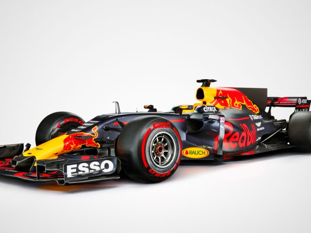 Красный бык формула rb13 1 автомобиль 4к.