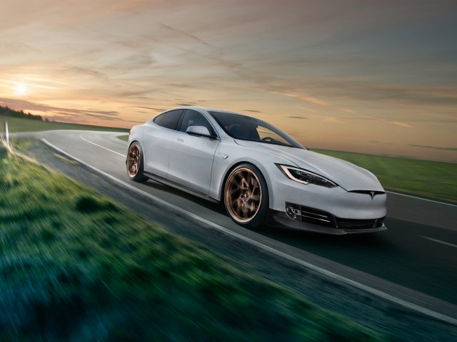 2018 Tesla модель s от novitec