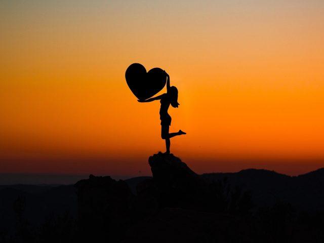 Любовь сердце закат