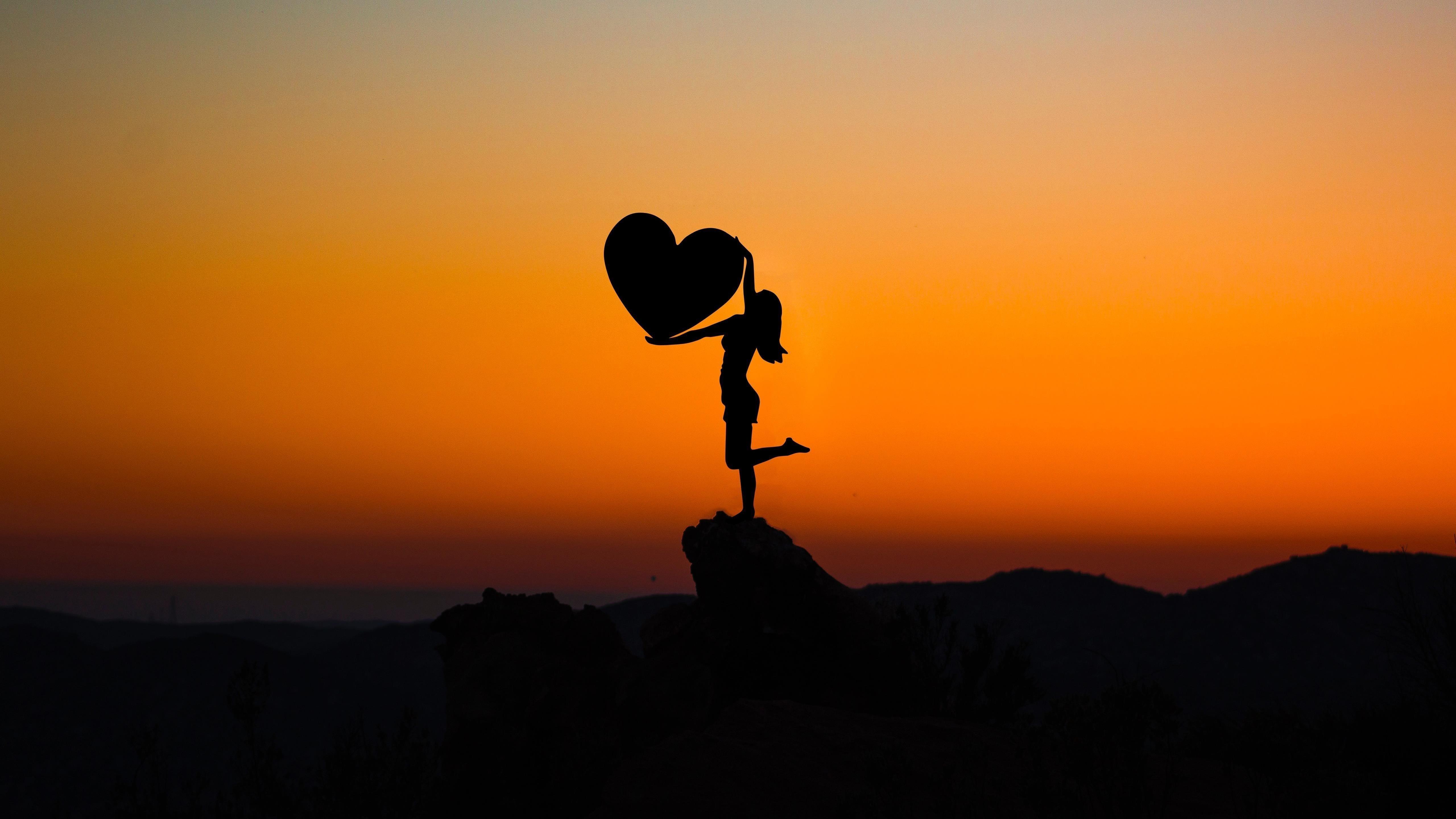 Любовь сердце закат обои скачать
