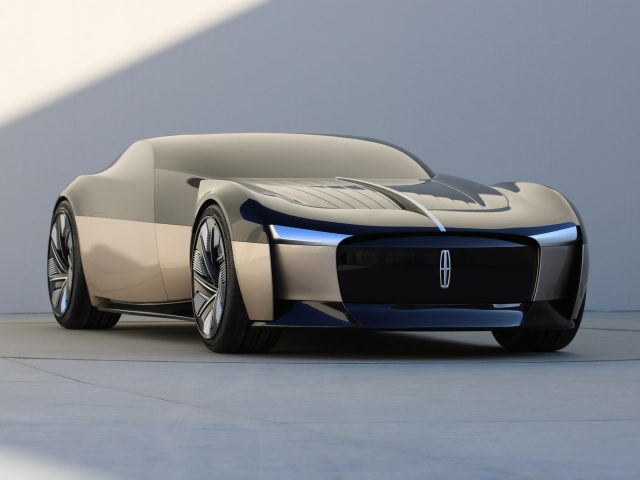 Юбилейный концепт Линкольна 2021 года 2 автомобиля