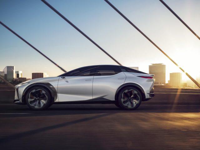 Lexus lf z электрифицированные автомобили 2021 года