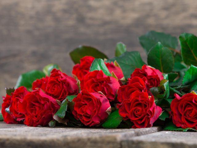 Искусственная Роза