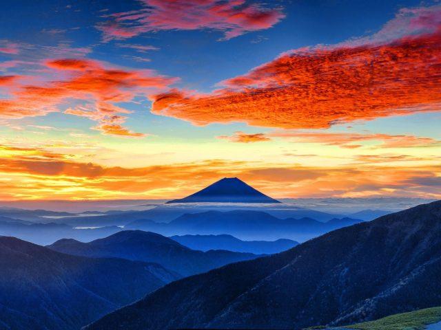 Панорама горы Фудзи