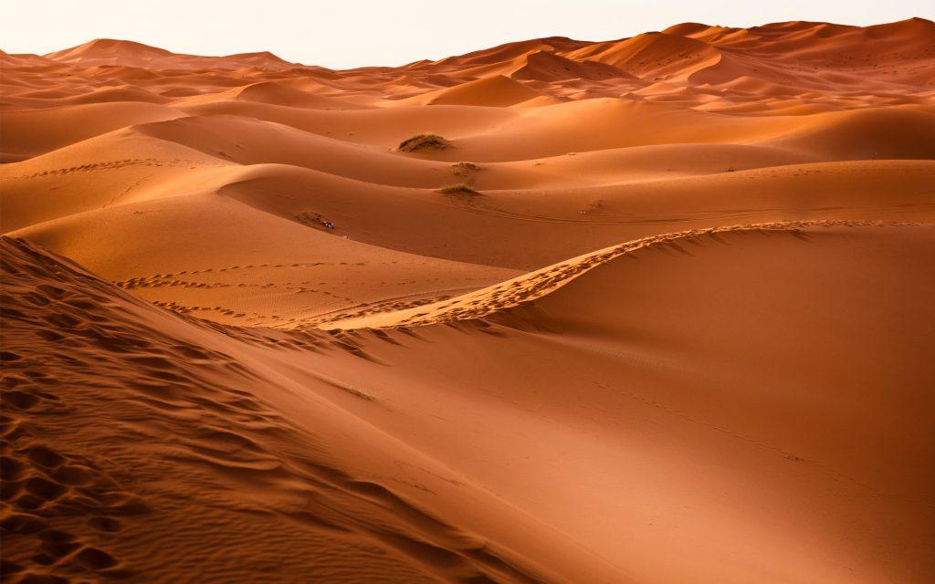 Песок пустыни. обои скачать