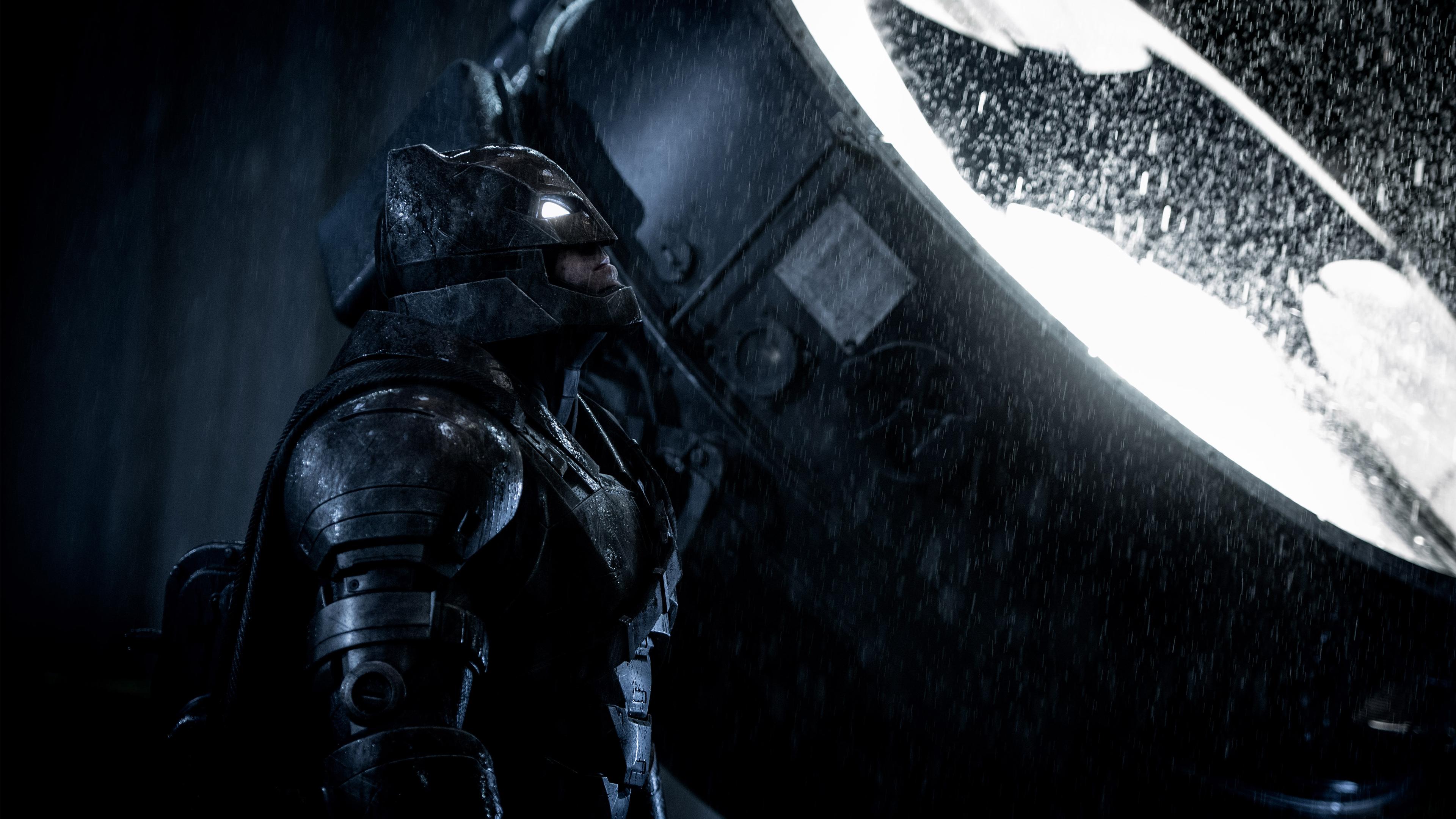 Бен Аффлек в роли Бэтмена. обои скачать