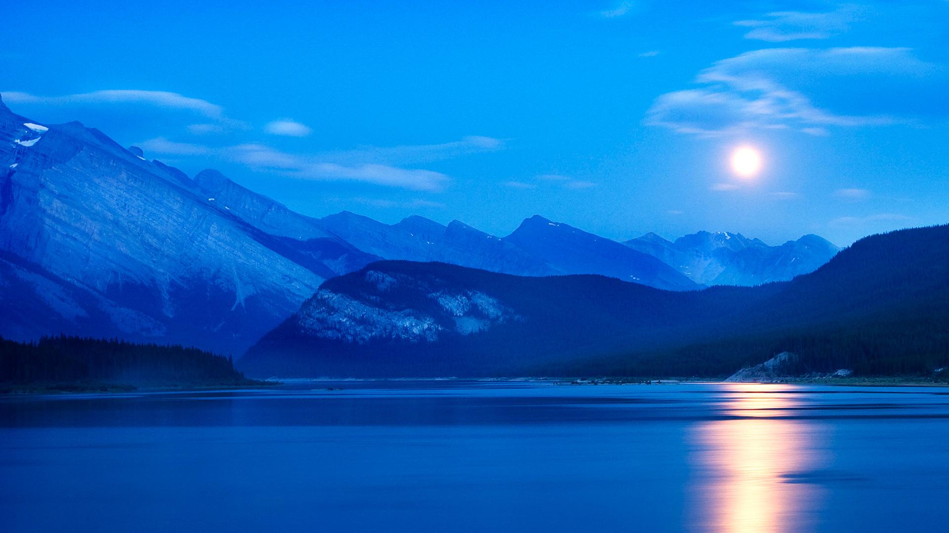 Погода и метеоусловия в спрей озера водохранилища Альберта Канада. обои скачать