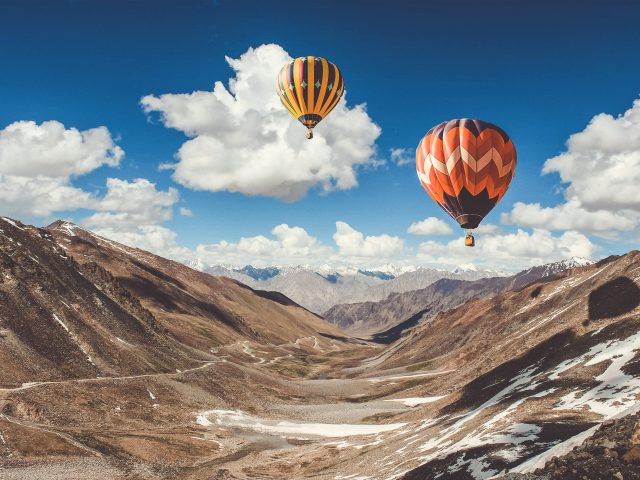 Поездка на воздушном шаре в горах Лех