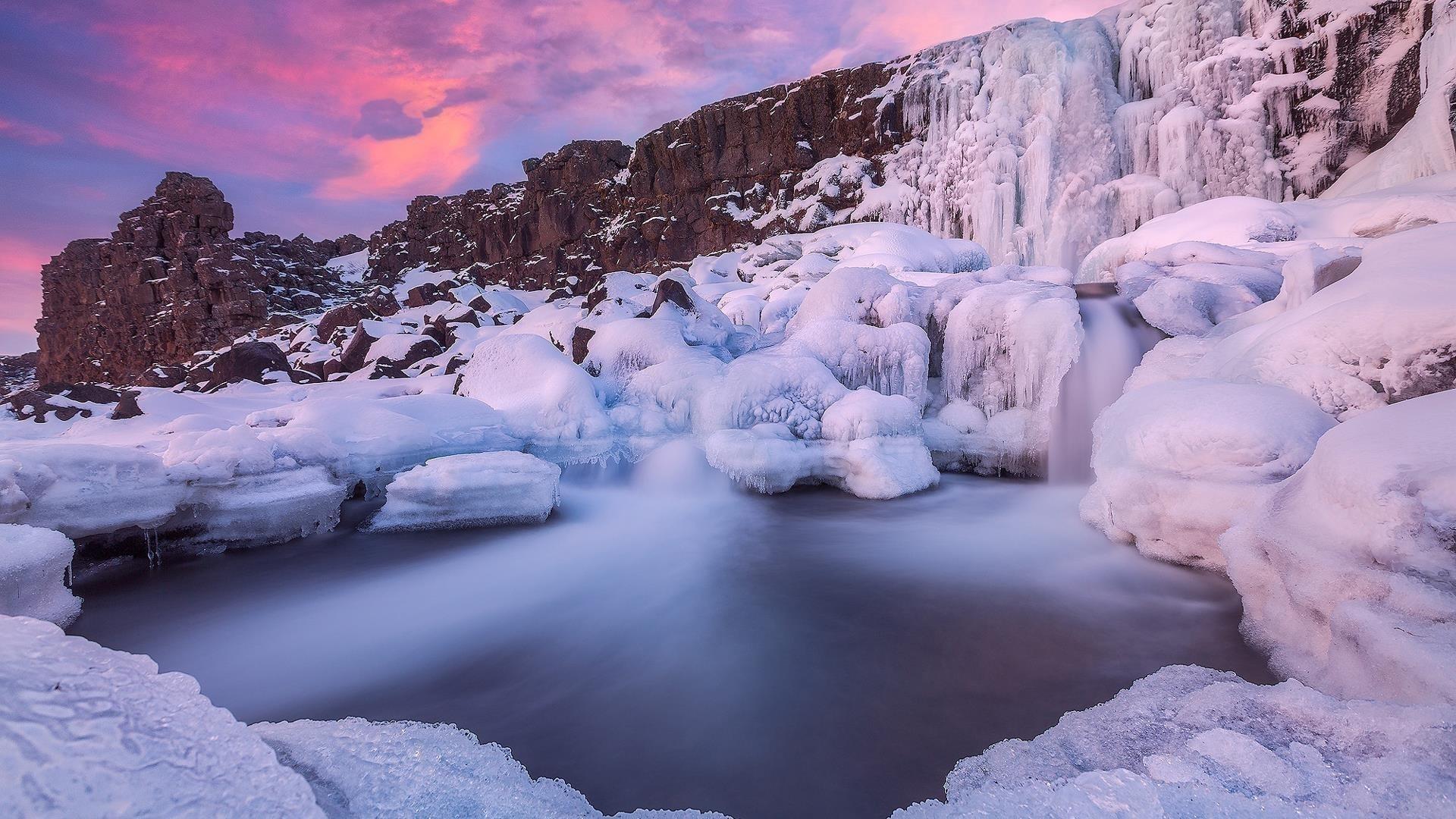 Водопад река Исландия с национальным парком рок во время заката зимой обои скачать