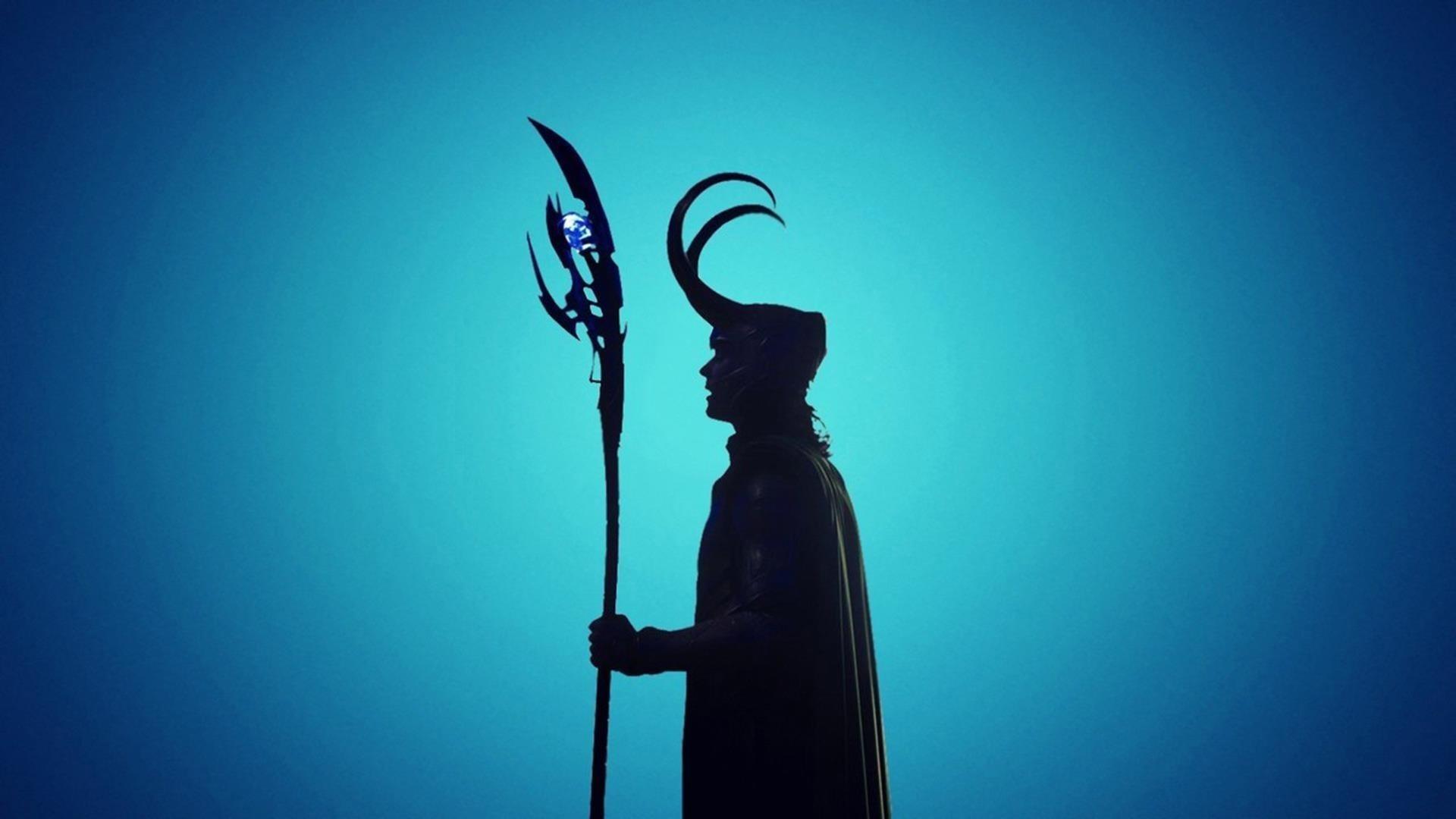 Фильмы Локи бог с синим фоном Локи обои скачать