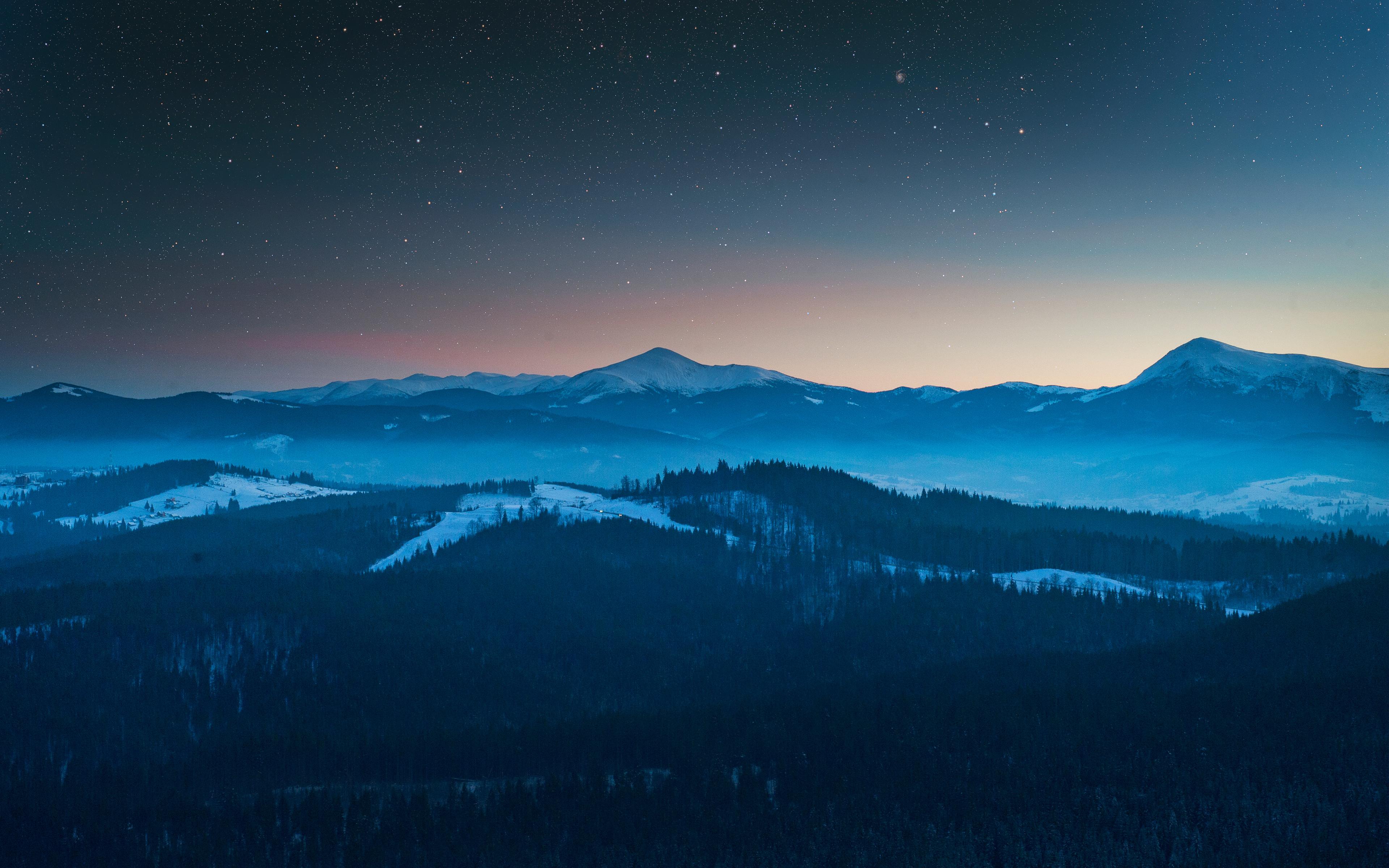 Туманные горы обои скачать