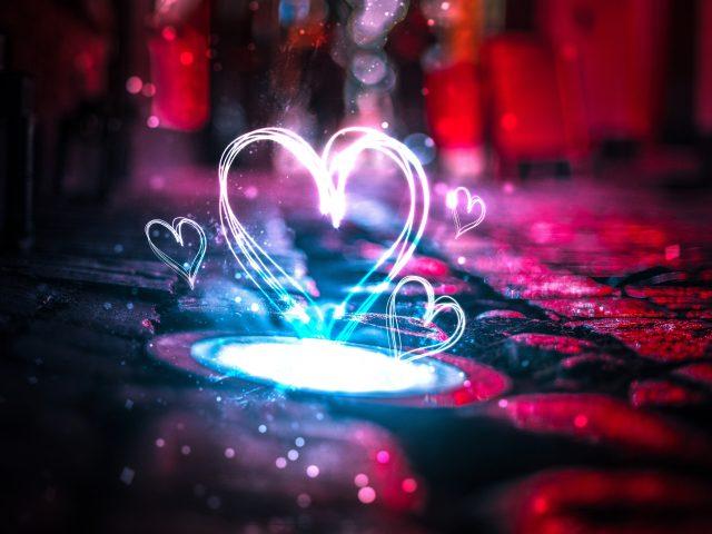 Неоновые сердца любви