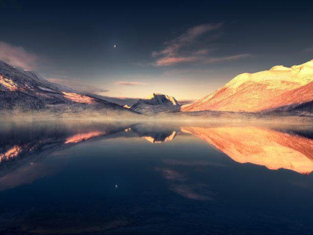 Красивое озеро пейзаж пейзажи