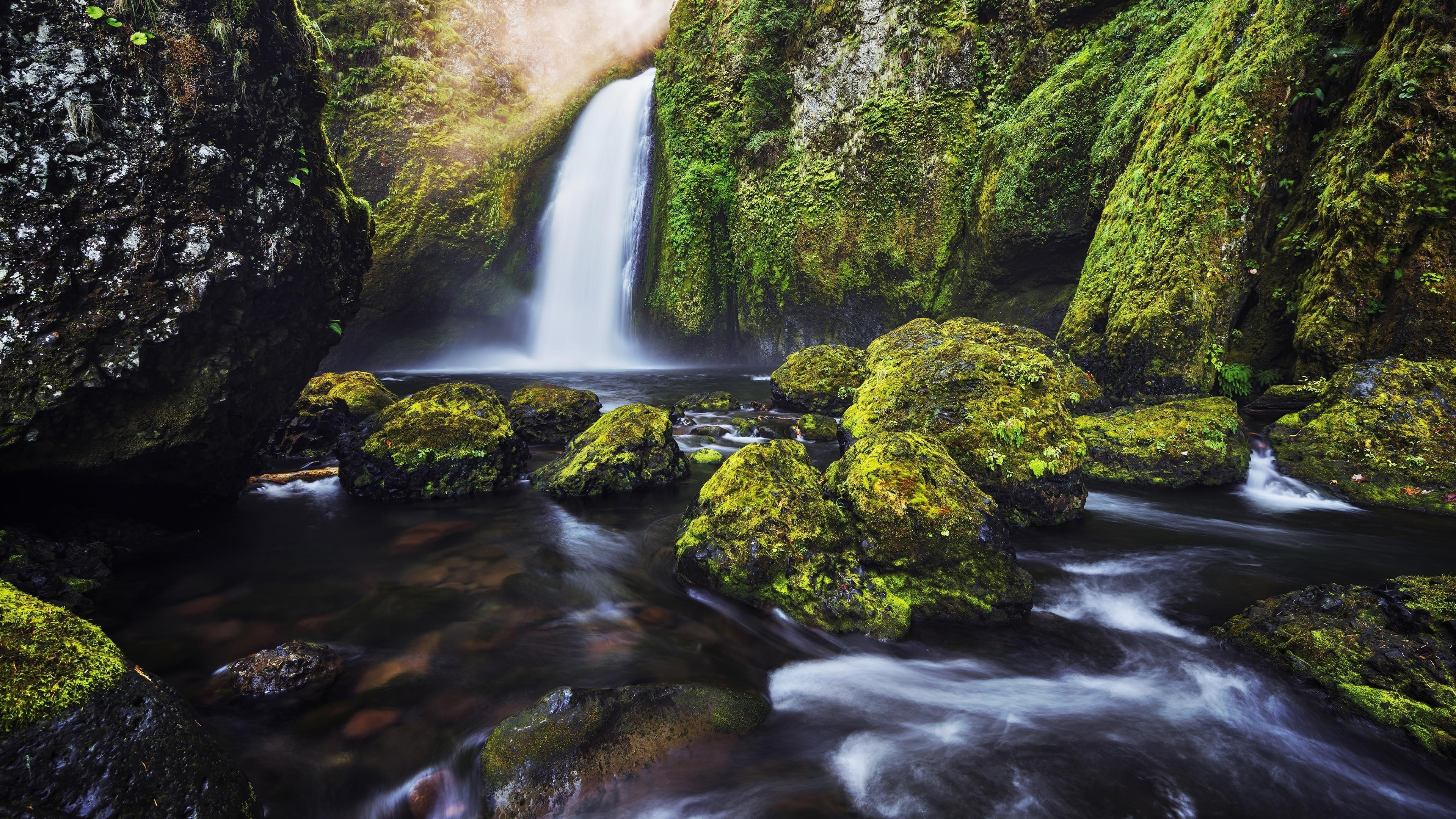 Водопад обои скачать