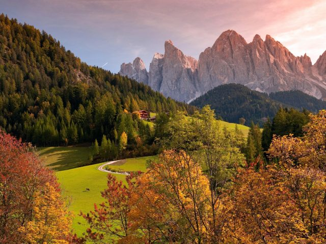 Скалистые горы пейзаж