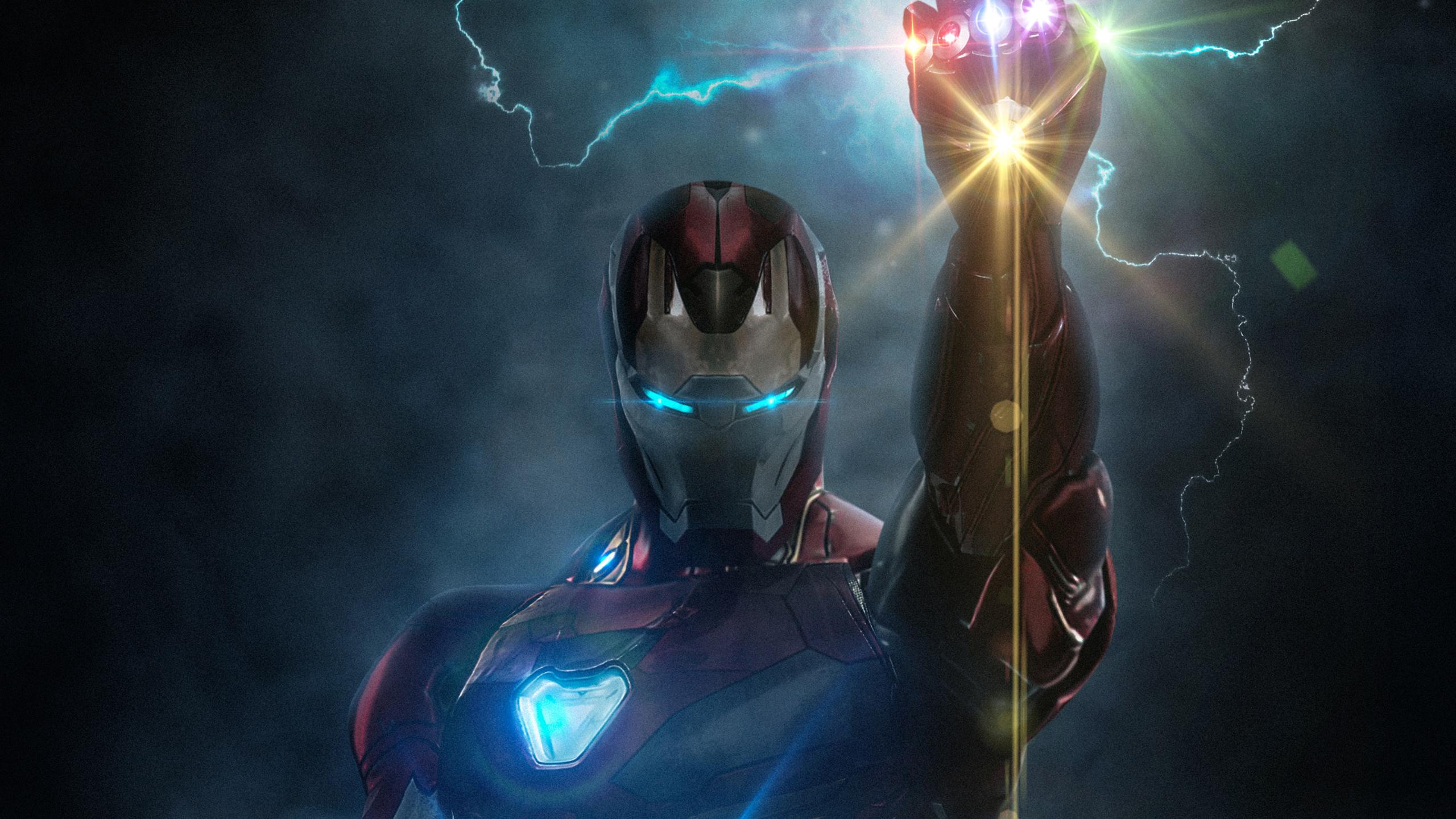 Железный Человек с Перчаткой Бесконечности обои скачать