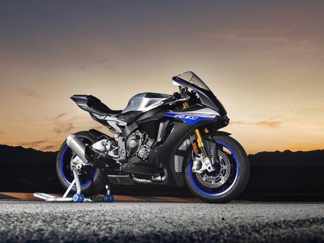 Yamaha yzf r1m в 2018 году