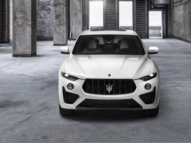 Автомобили maserati levante trofeo 2020