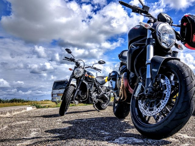 Ducati мотоцикл велосипед шлем мотоспорт