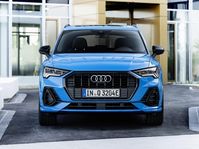Audi q3 45 TFSI e S line 2021 2 автомобиля
