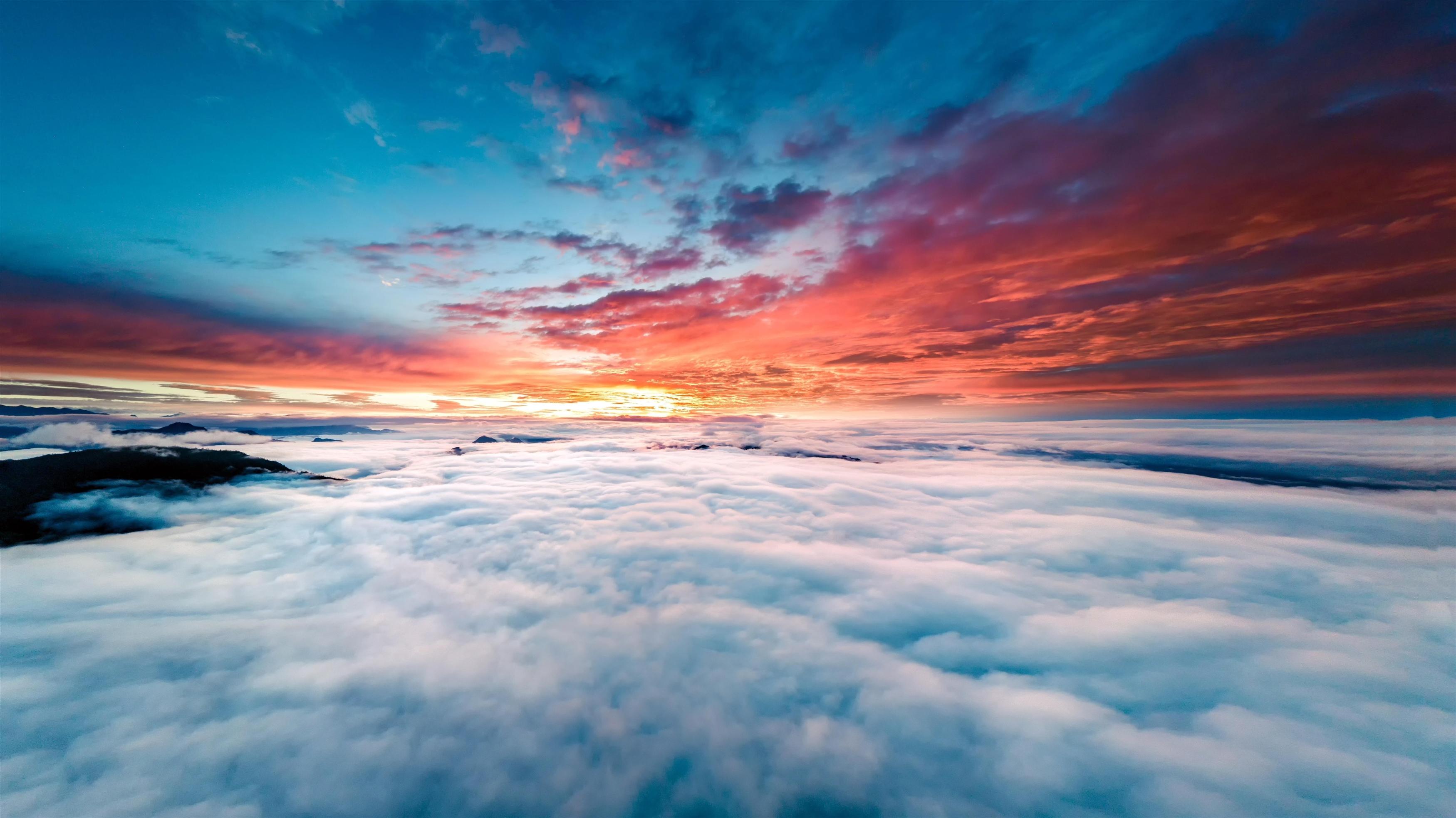 Горизонт над облаками обои скачать