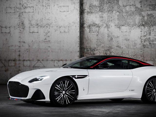 Белый aston martin dbs superleggera concorde edition 2020 автомобили
