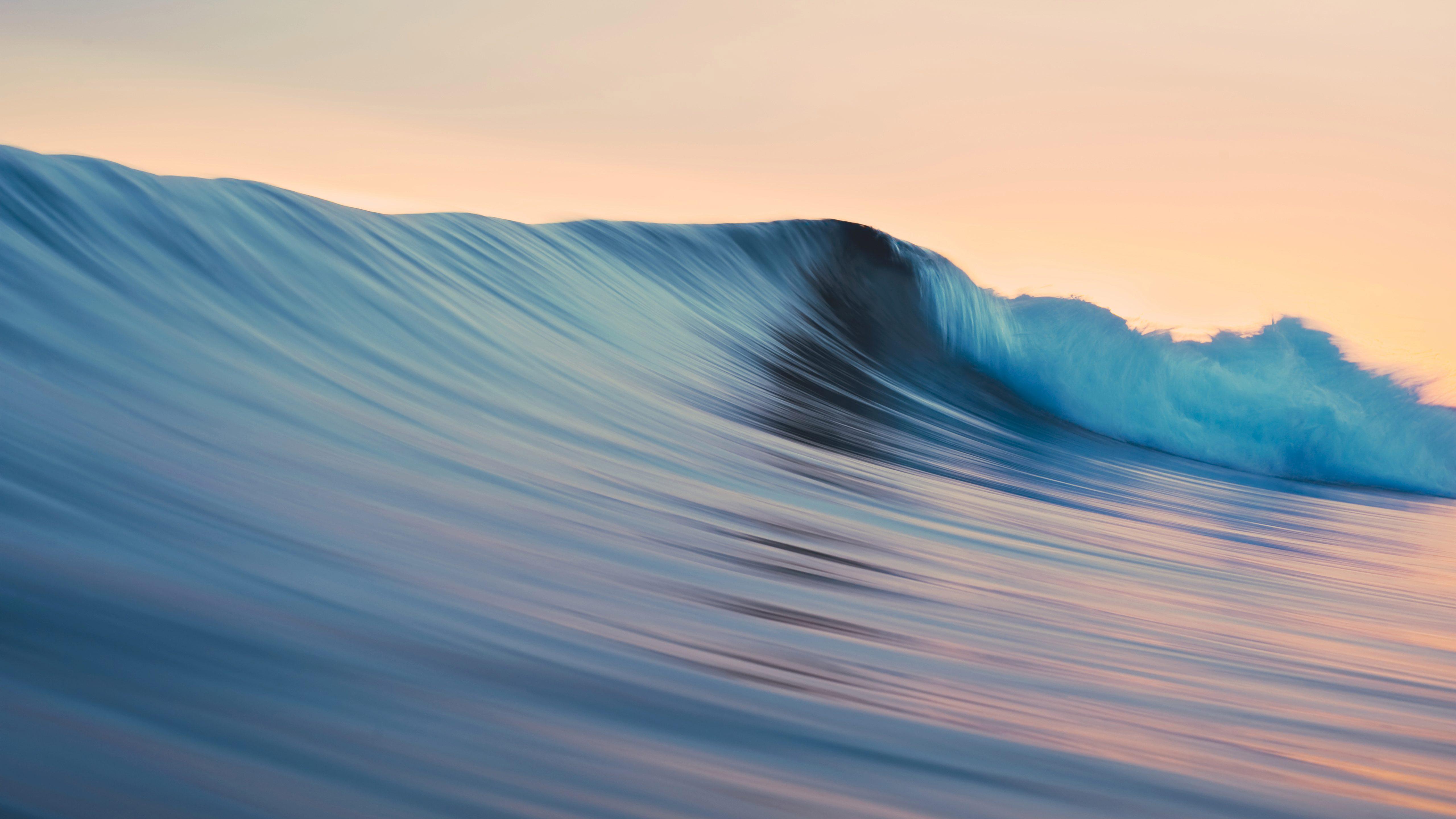 Катятся волны. обои скачать