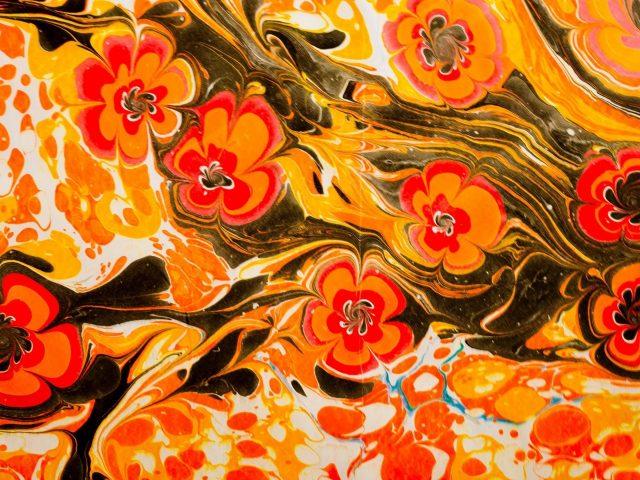 Желтый красный черный белый цветок краска жидкий узор абстрактный