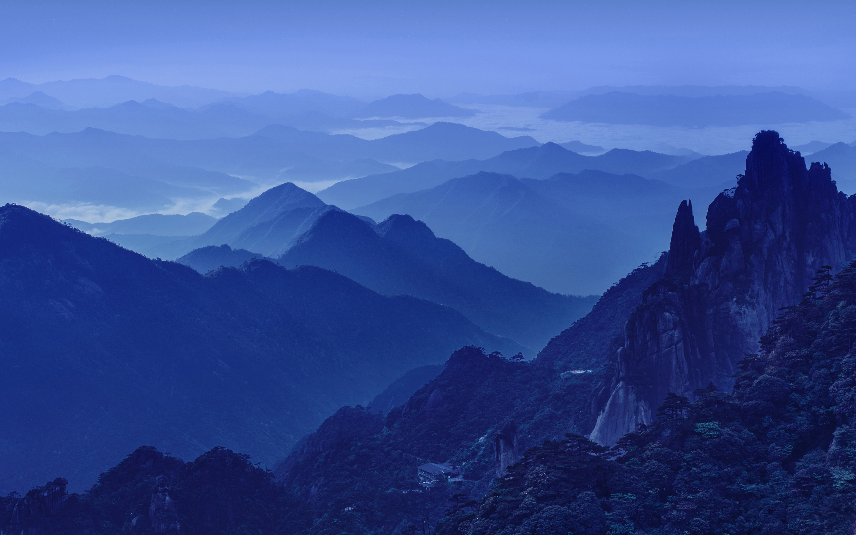 Холодные ночные горы обои скачать