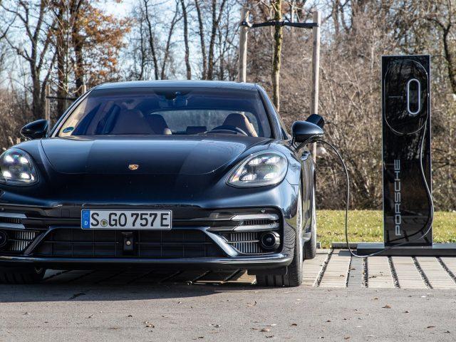 Porsche panamera turbo s e-hybrid sport turismo 2021 автомобили