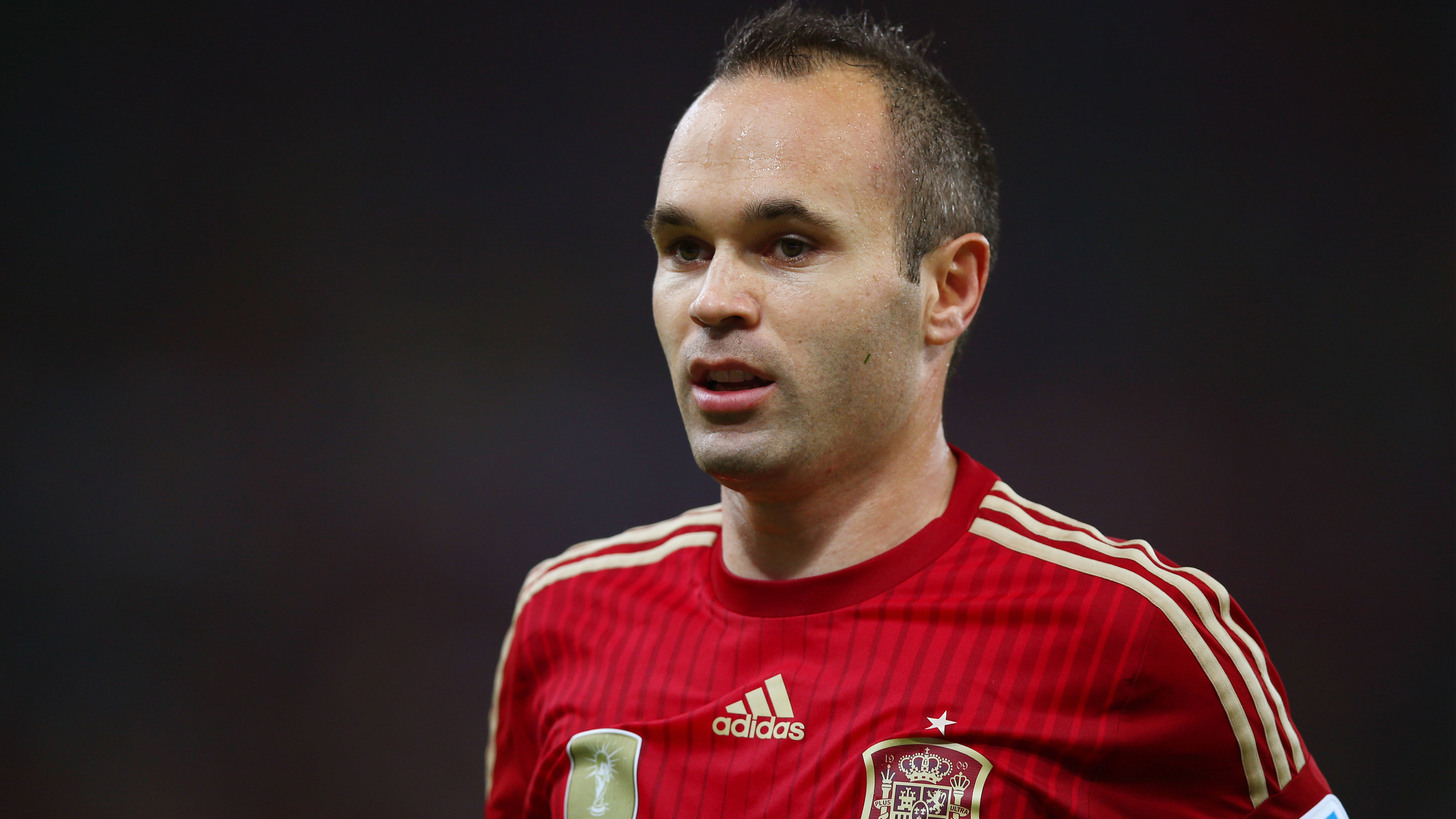 Андрес Иньеста-испанский футболист. обои скачать