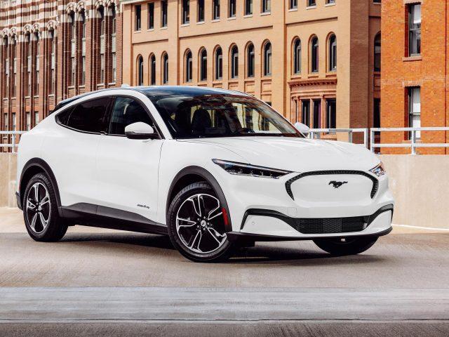2021 ford mustang mach-e 2 автомобиля