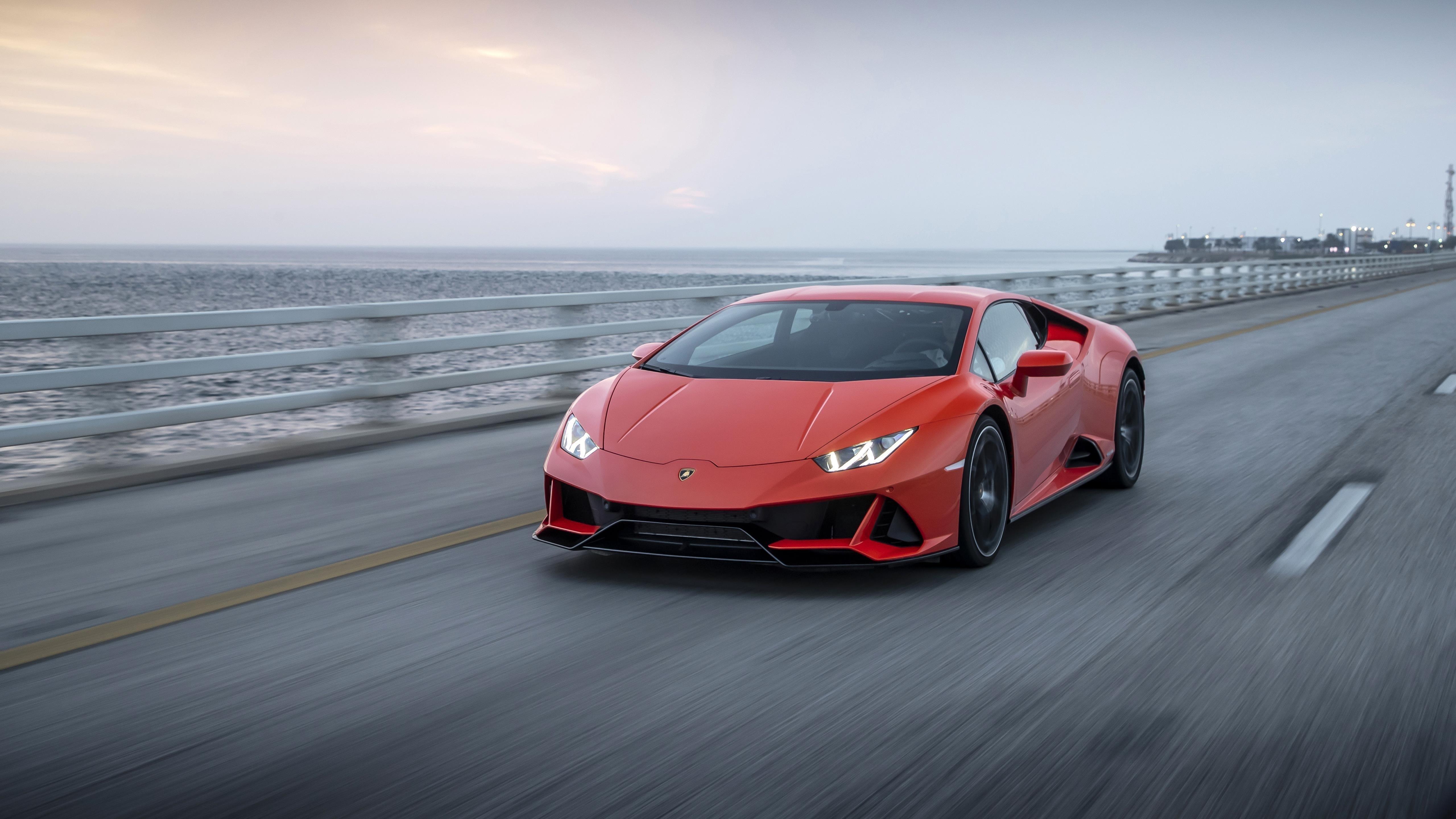 Lamborghini huracan evo 2021 2 автомобиля обои скачать